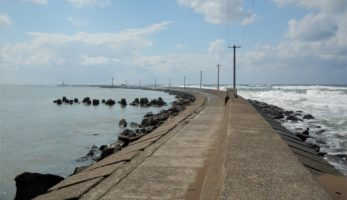 今も記憶に残る外国人技術者の貢献(1) -三国港突堤(エッセル堤)